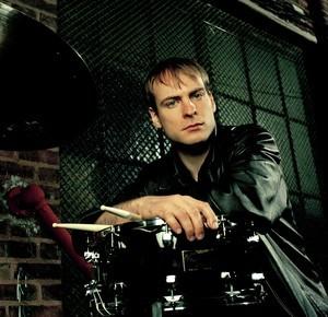 Ari Hoenig, drums