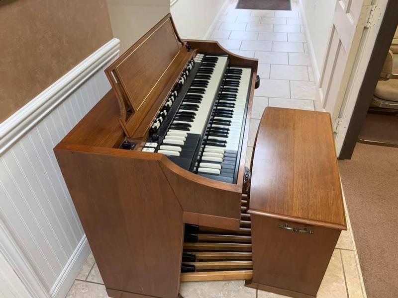 A-100 Organ