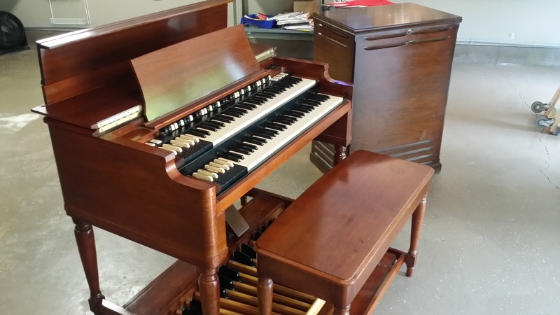 EXCEPTIONAL MINT B3 ORGAN PGKE - NOW IN OUR WAREHOUSE B3 Hammond Organ &122 Leslie Speaker!  - Will Sell Fast! - Now Available!