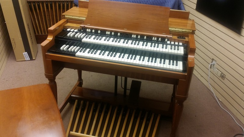 PRISTINE LIKE NEW! A perfect 1966 Vintage Hammond B3 Organ & Original 122 Leslie Speaker & PR-40 Hammond Tone Cabinet! Extremely Well Maintained One Owner! Will Sell Fast! 6/28/15 Now Sold!-copy