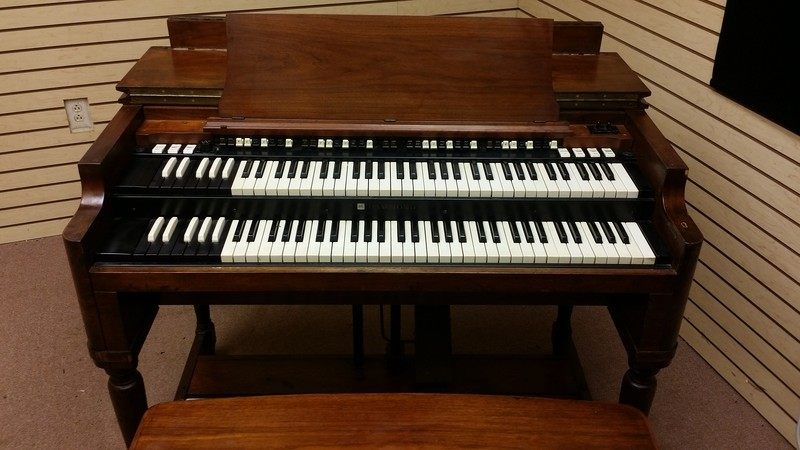 AFFORDABLE!!! WILL SELL FAST! NOW AVAILABLE! A 1970's Vintage Hammond B3 Organ & Leslie Speaker Package.  In Good Condition! Plays & Sounds Great!!!!! - Will Sell Fast - Sale Now Pending!-copy