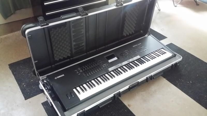 Mint Yamaha Motif XF8/Case-Avail! - Hammond Organ World