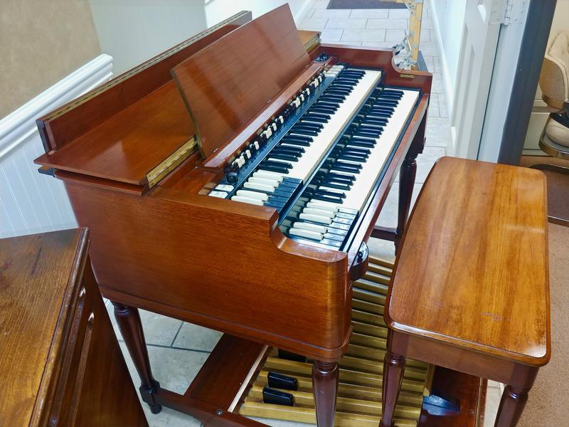 NEW ARRIVAL-Vintage Mint Hammond B3 Organ-Original Bench & Pedals & 122 Leslie Speaker & The Holy Grail, Plays & Sounds Great, Will Sell Fast-Now Sold!-copy