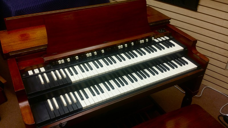 B3 BEAUTIFUL - A Great 1966 Vintage Hammond B3 Organ & Original Matching 122 Leslie Speaker In Excellent Condition! - Plays & Sounds Great!  Will Sell Fast! - 7/31/14 -Now Sold!