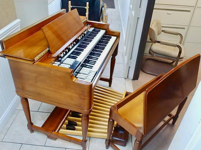 NEW ARRIVAL-Vintage Mint Hammond B3 Organ-Original Bench & Pedals & 122 Leslie Speaker & The Holy Grail, Plays & Sounds Great, Will Sell Fast-Now Avail!-copy