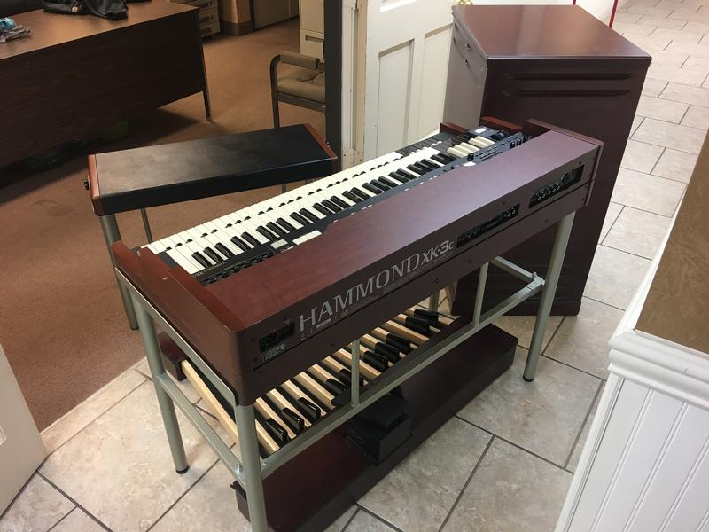 JUST IN-PRISTINE Pre-Owned Hammond Pro-XK3 Organ/System With A Mint 122 -Custom 11 Pin Leslie Speaker-Affordable-Will Sell Fast! - Now Available!