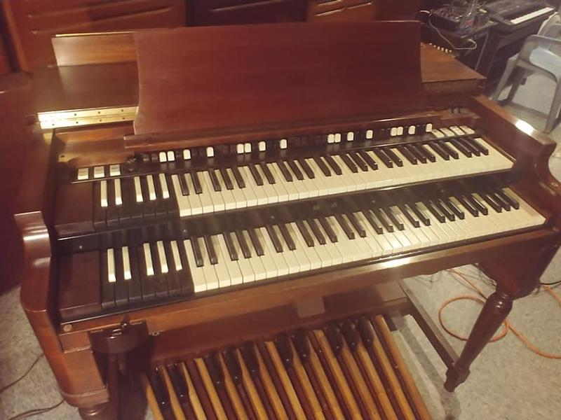1961 Mint Condition Classic Vintage Hammond B3 Organ & 122 Leslie Speaker & PR-40 Hammond Speaker Cabinet This Organ Is