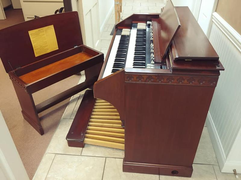 New Arrival-A Mint Condition Hammond B3MKII Organ & 122XB Leslie-This Organ Had One Owner! The Package Is Mint!-Great Value & Great Buy! Plays & Sounds Great! Will Sell Fast! Now Available!-copy