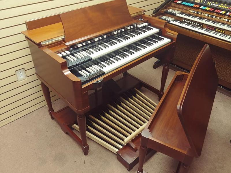 New Arrival-The Holy Grail Mint Condition Vintage Early 70's Hammond B3 Organ & 122RV Leslie-A Perfect B3 Package-Great Value & Great Buy! Plays & Sounds Great! Will Sell Fast! Now Available!-copy
