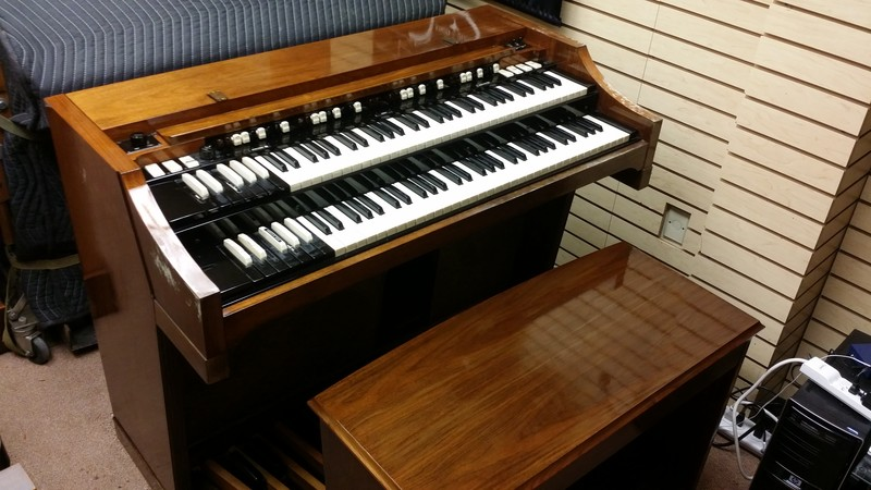A Holiday Special! Affordable Classic! This is a Mid 1960's Vintage Hammond A102 Organ Same organ as a B3. This organ is in beautiful condition plus can add a Leslie! 12/2/14 - Sale Now Pending!-copy