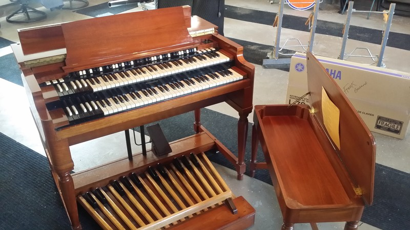 A Beautiful Classic Pristine Vintage Hammond B3 Organ Package! Also Included New 122 Leslie & PR-Hammond Tone Cabinet! This Organ PKG Is Gorgeous!  Will Sell Fast!  1/31/15 Now Sold!-copy