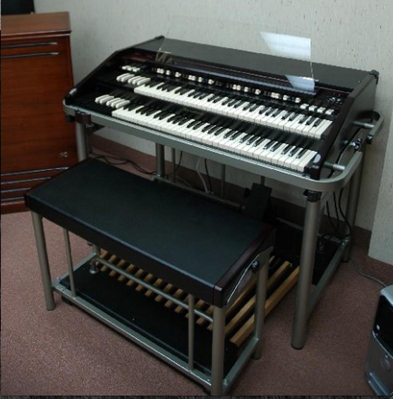hammond b3mk2 portable 3300 leslie sold hammond organ world. Black Bedroom Furniture Sets. Home Design Ideas
