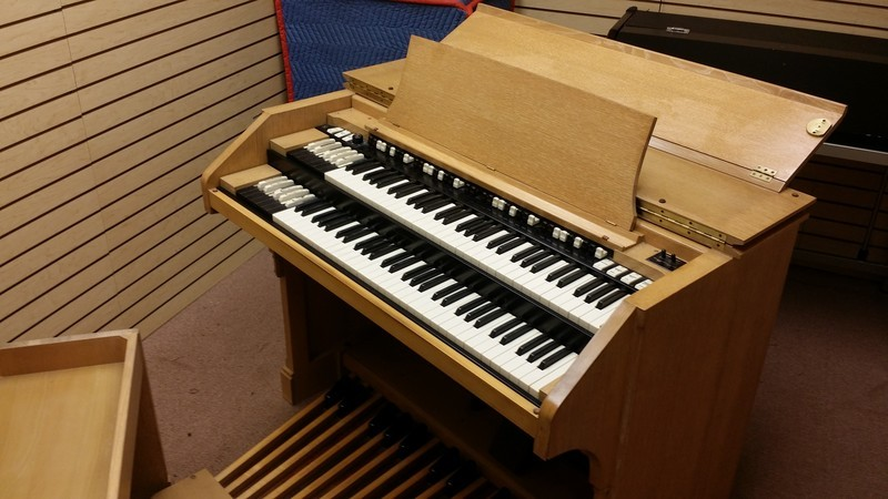 SHOWROOM NEW B3 PKG!  Perfect 1965 Vintage Hammond B3 Organ With Original Matching 122R Leslie Speaker are in