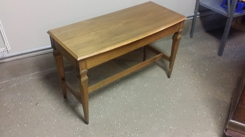 1 Hammond Console Bench - Beautiful Condition - Now Available