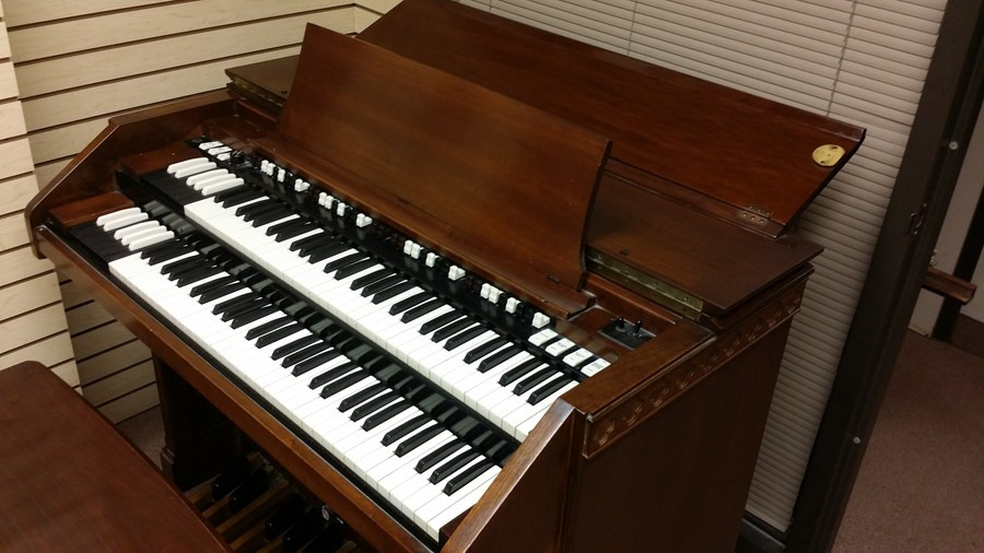 Affordable Vintage Hammond C3 Organ & Leslie Speaker Package In Great Condition Will Sell Fast! - Available!