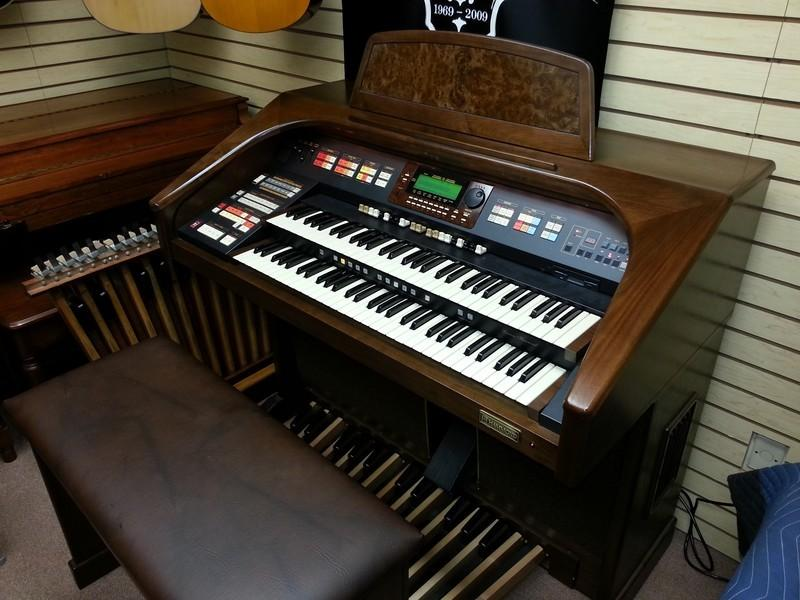 Mint Hammond 272 XH