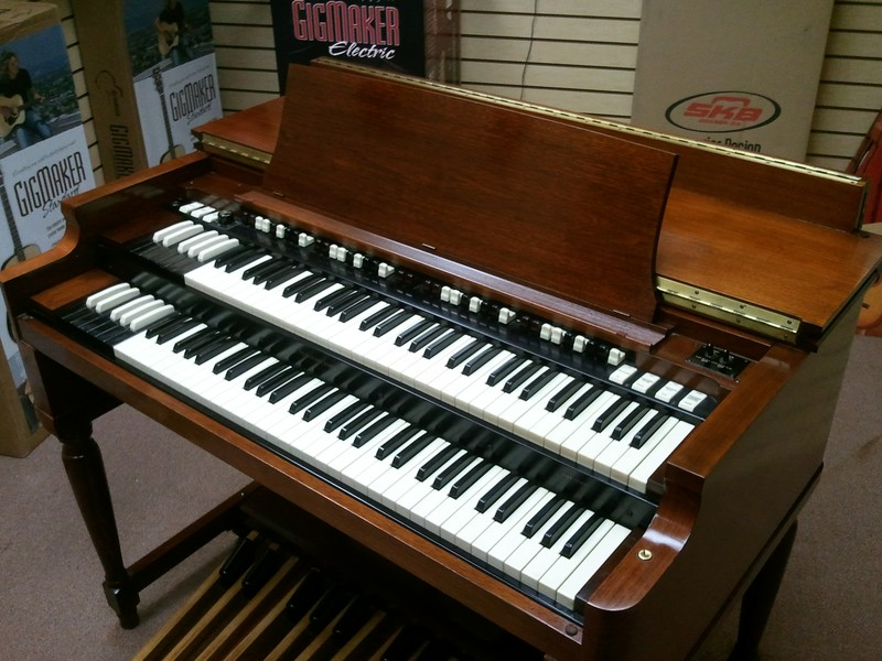 Mint Vintage Hammond B3 Organ & 122 Leslie & PR-20 Package - Now Available!