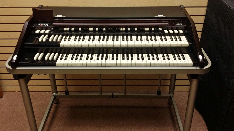 hammond pre owned affordable hammond b3mk series portable organ execellent condition. Black Bedroom Furniture Sets. Home Design Ideas