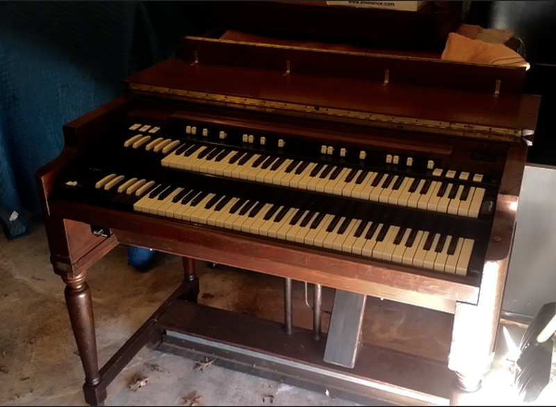 WAREHOUSE SPECIAL NOW AVAILABLE! Affordable 1960's Vintage Hammond B3 Organ & 122A Leslie Speaker Package! Plays & Sounds Great & Will Sell Fast! - Now Available!