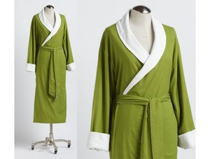 SEERSUCKER WOMENS ORGANIC SPA ROBE
