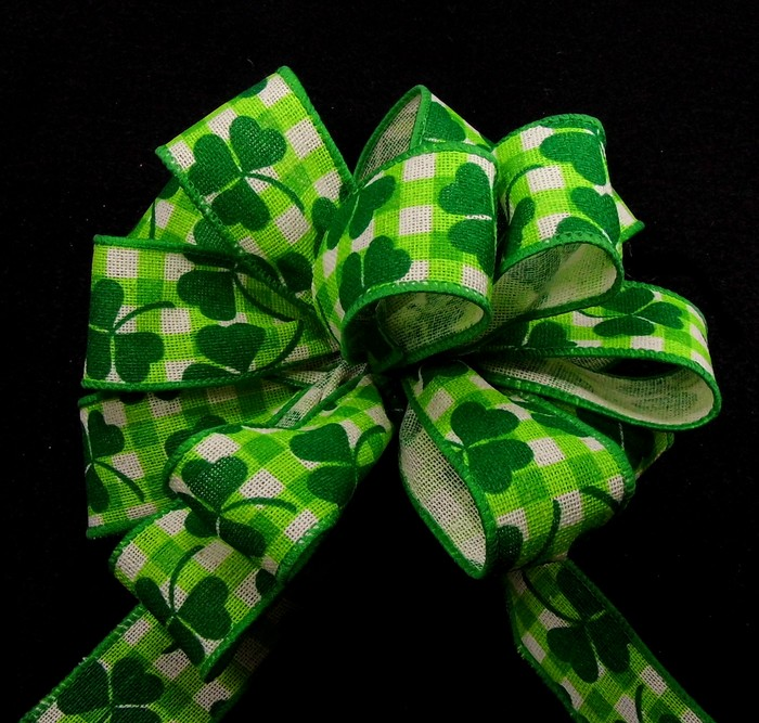 Wired Canvas St. Pattys Plaid